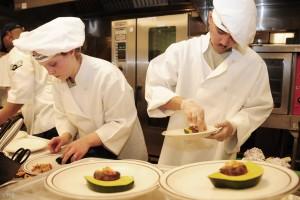 1050943911-chefs-749563-Xvm-1920x1280-MM-100